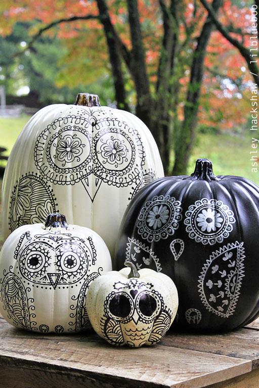 27+ Awesome Pumpkin Crafts, DIYs and Decorating Ideas- Sharpie Owl Pumpkins from Lil Blue Boo