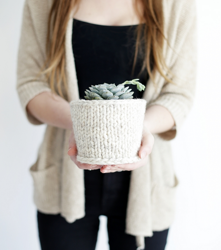 50 Easy Handmade Gift Ideas You'll Love: DIY Knit Planter Cover from The Merry Thought