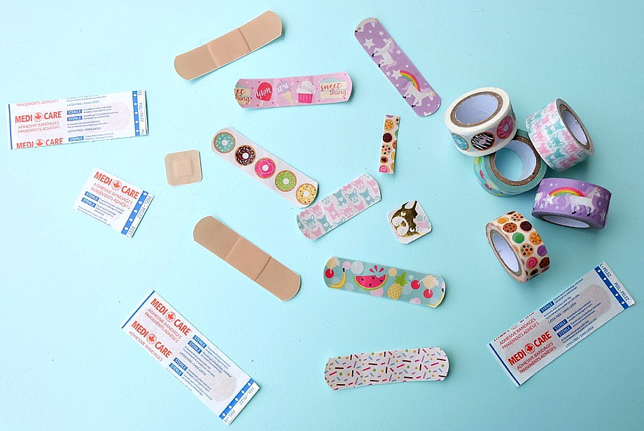 DIY Washi Tape Bandages are so easy to make! All you need is washi tape, scissors and a box of Bandaids! A fun, easy and inexpensive craft project that kids will love! A great activity for craft playdates, or birthday party activities!  Who knew a bandaid could be a cute fashion accessory? #washitape #crafts #diy