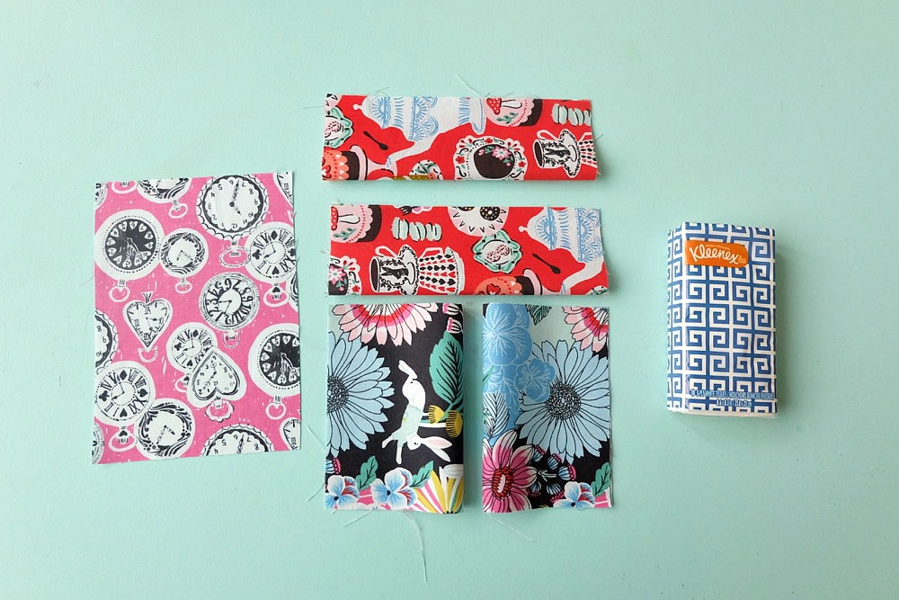 This free Cricut Maker Sewing Pattern makes the cutest travel kleenex holders that take 5 minutes to make! Perfect for stocking stuffers and teacher gifts and other small handmade gifts! The perfect use for fabric scrap. Great for a beginner sewing project! #CricutMade #cricutmaker #sewing #crafts
