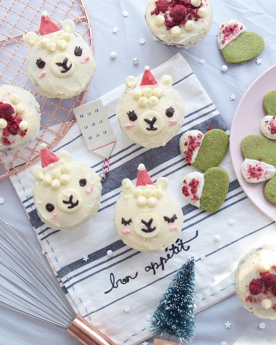 50+ Lovely Llama Crafts, Printables, SVG's DIY's, Food and Gift Ideas: Christmas Llama Cupcakes from Burberrie Jam on Instagram