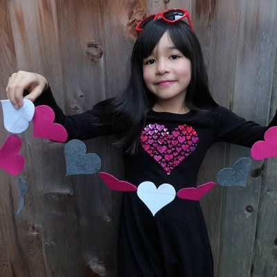 Easy 5 Minute DIY Heart Garland Tutorial- Cut Your Felt By Hand or With A Cricut Maker
