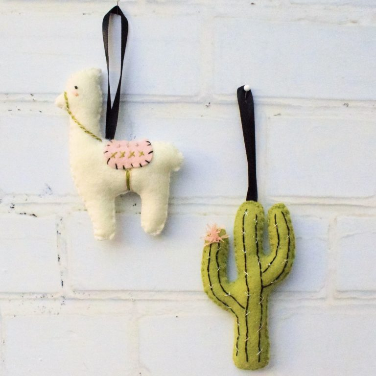 50+ Lovely Llama Crafts, Printables, SVG's DIY's, Food and Gift Ideas: Felt Llama and Cactus Decorations from Bustle and Sew