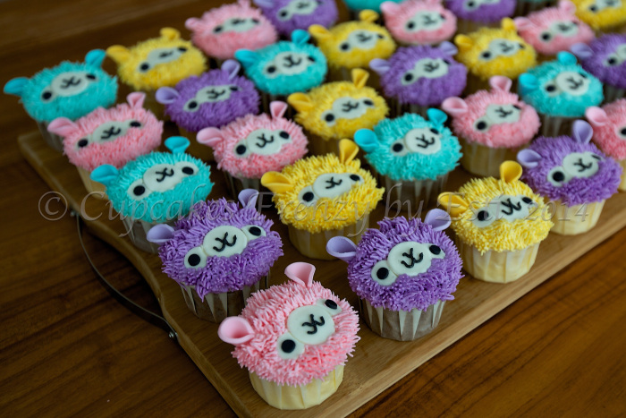 50+ Lovely Llama Crafts, Printables, SVG's DIY's, Food and Gift Ideas: Llama Cupcakes from Cupcake Frenzy