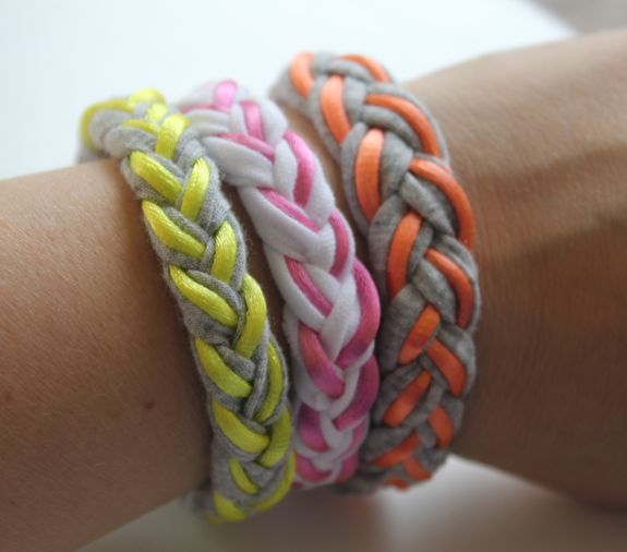 37+ Handmade Gift Ideas For Mom That She's Guaranteed To Love: DIY Braided Shirt Bracelets from Hello Glow