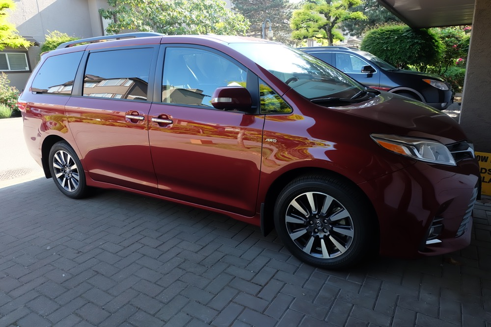 Hello Creative Family takes a road trip with three generations of their family to see the Paul Simon Concert in a 2018 Toyota Sienna. They share the experience plus a vehicle review of why the Toyota Sienna is the only vehicle the checks all the boxes for their family! #minivanmom #toyotasienna #minivan #vehiclereview