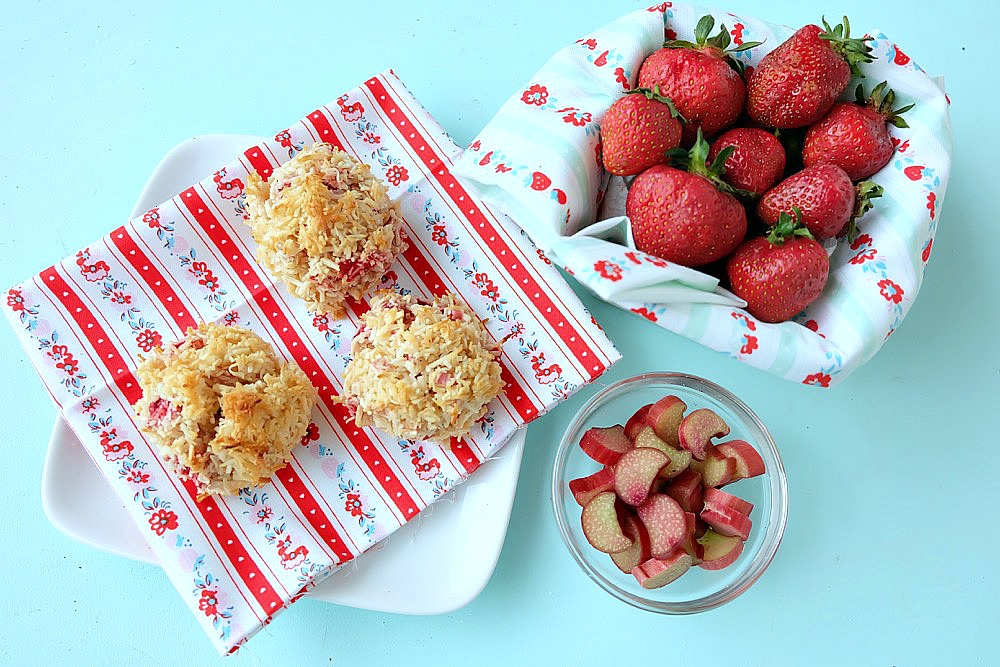 Strawberries and rhubarb come together in this delicious, easy to prepare, dessert idea! This Strawberry Rhubarb Coconut Macaroon Recipe is simple to make and is a perfect kids cooking recipe! Makes a great freezer dessert too, freeze extras and have cookies for months! #Baking #StrawberryRhubarb #Coconut #Macaroon #Dessert