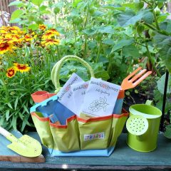 Easy DIY Planter Box + Garden Therapy Kids Gardening Kit + A Giveaway!
