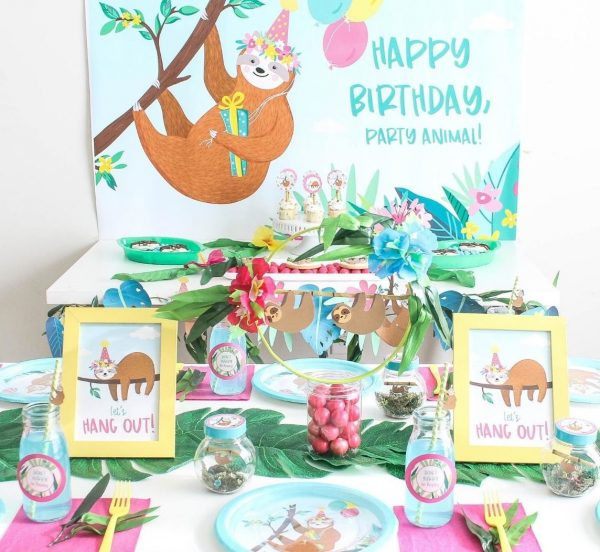 Sloth Crafts, Printables, SVG's DIY's, Food and Gift Ideas: Sloth Party Printables from Fun 365