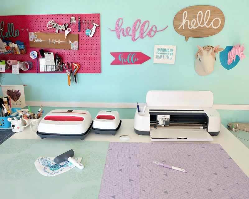 Do you like to craft? We're sharing with you 5 Cricut hand tools that every crafter needs and what you can use them for! Whether you own a Cricut cutting machine, or your still saving up, these tools are essentials for every craft room! We're sharing why we love them and why you need them in your craft life too whether you love working with htv, paper, leather, cardboard or other craft supplies! #Cricut #Sponsored #CraftRoom #CraftTools #Craft #DIY