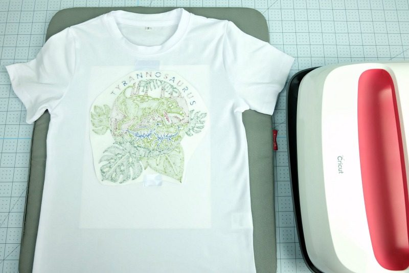 Steps for using Cricut infusible ink markers on shirts.