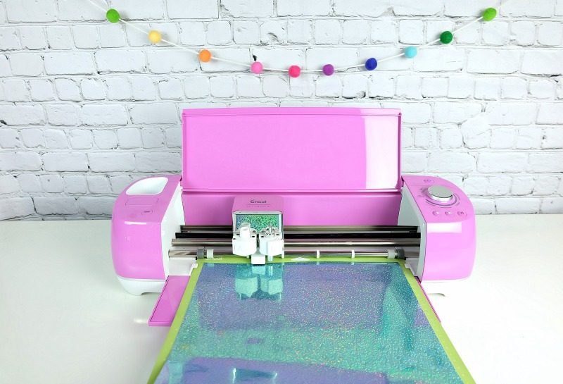 Win a Fuchsia Cricut Explore Air 2 in this amazing giveaway. Open to US residents. Closes 10/31/2019. #Contest #Cricut #Giveaway