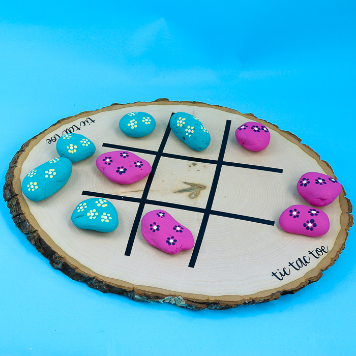 27 Cricut Gift Ideas That Take 1 Hour Or Less To Make: TIc Tac Toe Board from Country Chic Cottage