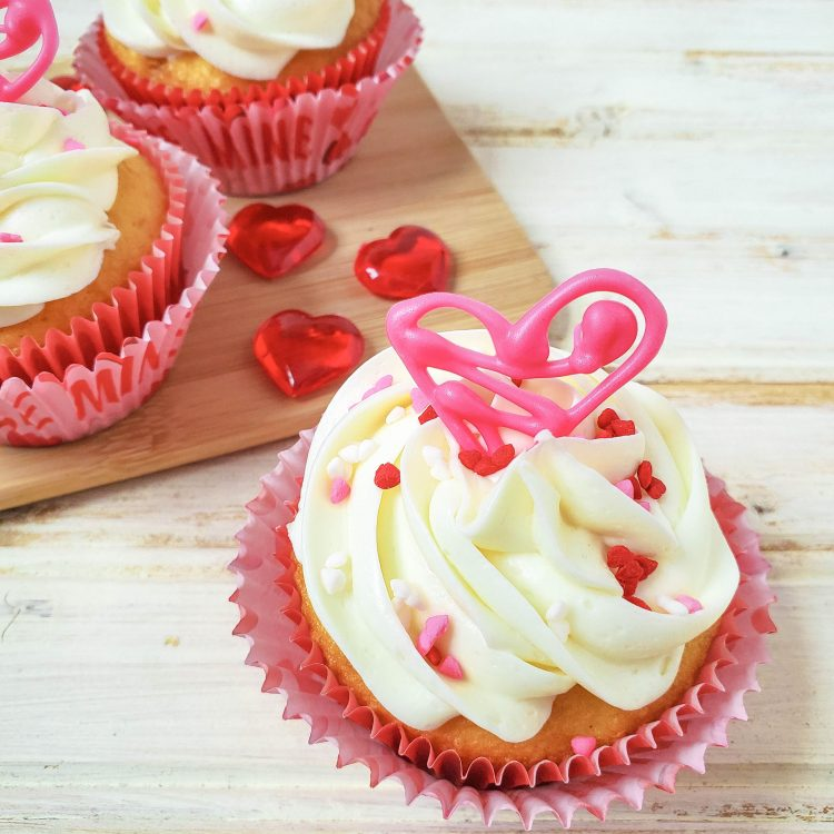 Easy Valentines Day Cupcakes with Edible Heart Topper