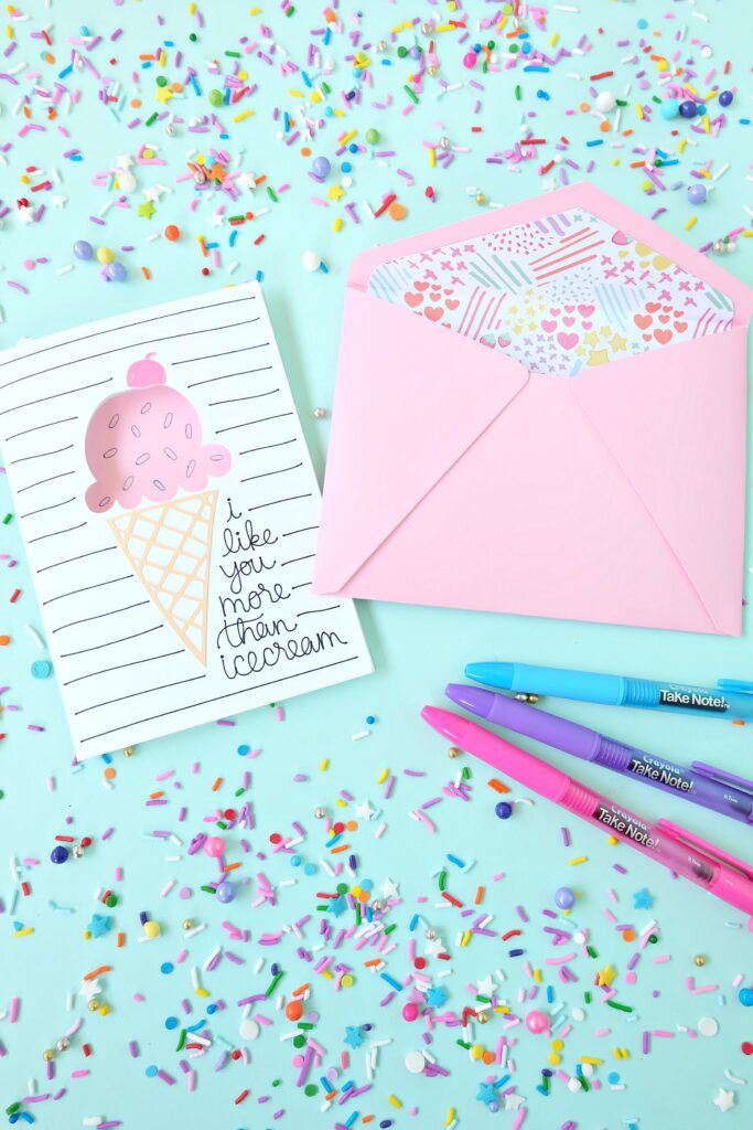 Cricut Ice Cream Card perfect for all occasions.