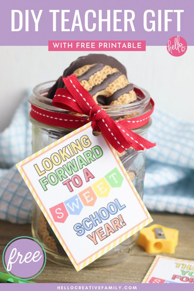Make a sweet handmade teacher gift to show how much you care with this quick and easy craft! Pack a jar with your teachers favorite treats, and use our free teacher gift tag printable to decorate it with. Gift tag comes in two fun sayings-- 1 that's perfect for a beginning of the school year gift, and the other that's perfect for an end of the school year teacher gift, teacher appreciation, Christmas or anytime your teacher needs a pick me up! Cut by hand or with a Cricut!