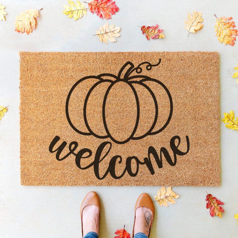 DIY Welcome Pumpkin Doormat